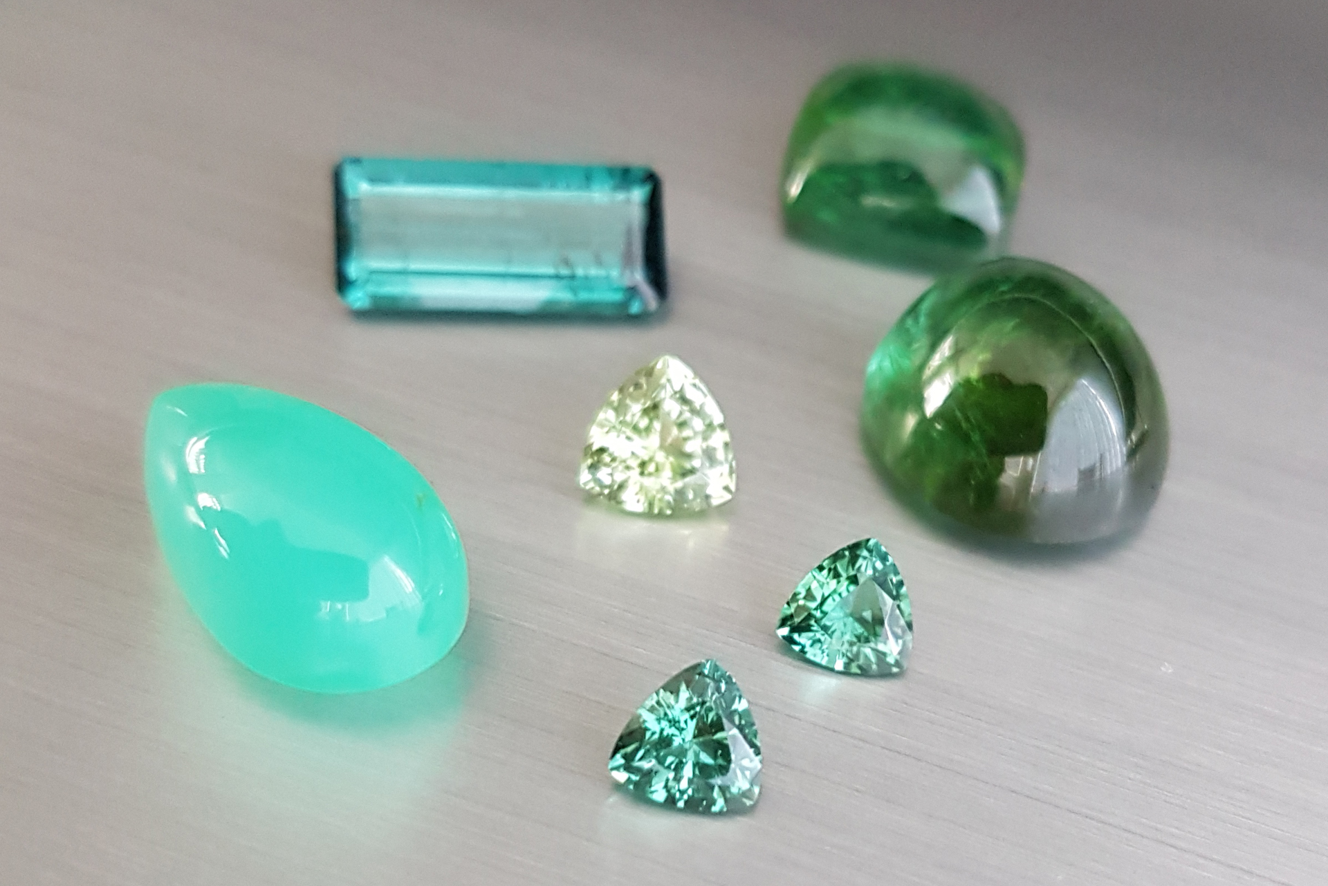 Different shades of green in Zylana gems